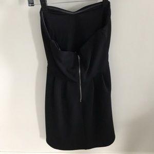 Forever 21 Dresses - Strapless sweetheart dress